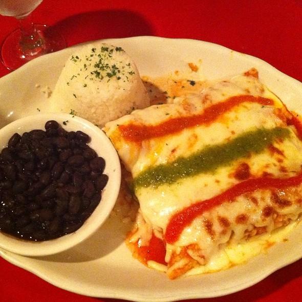 Trios De Enchiladas  @ Restaurant Judy