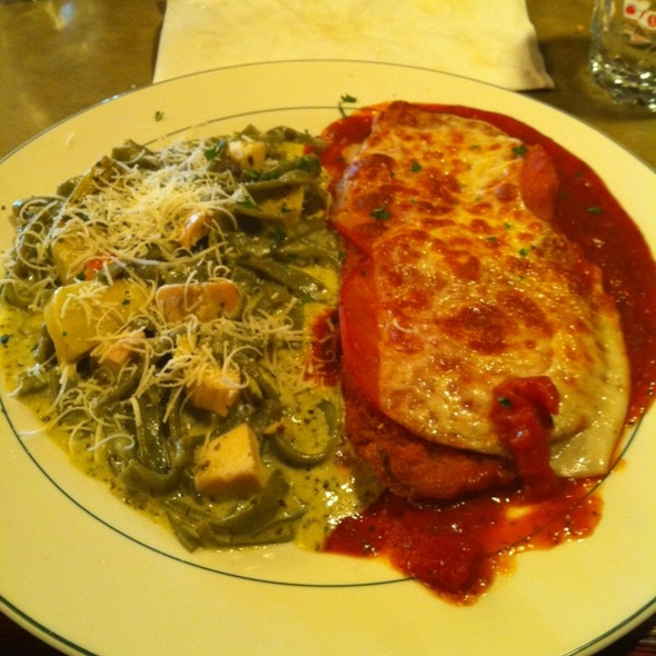 Chicken Parmigiana With Diabloe Pasta @ Chianti's North