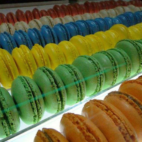 Macaroons @ Sinfully By Makati Shangri-La