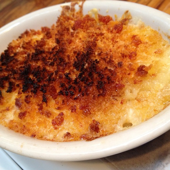 Macaroni and Cheese @ Elsewhere