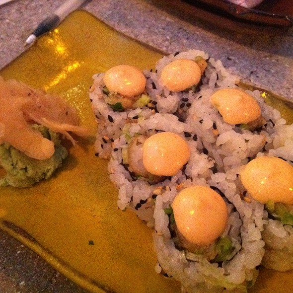 Shrimp tempura roll @ Pubbelly
