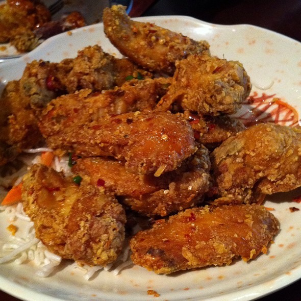 Salt and Pepper Chicken Wings - Pagoda, Minneapolis, MN