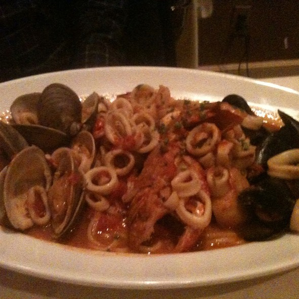 Lobster Tail & Seafood Linguine @ Lu Nello Restaurant