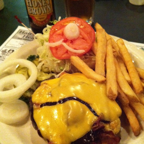 Barbecue Bacon Burger @ The Ville Restaurant & Bar