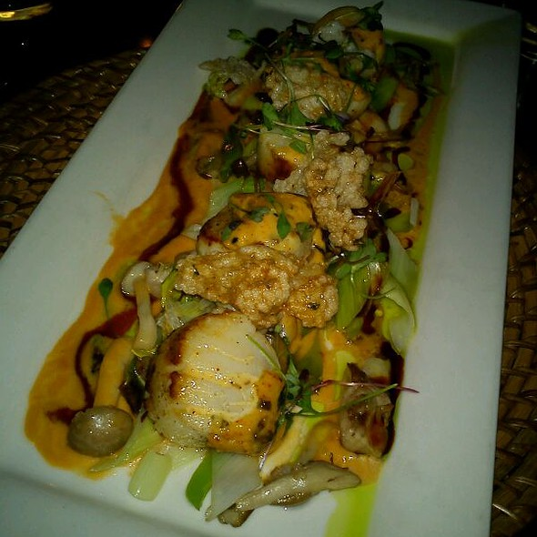 Dynamite Sea Scallops with Lobster Truffle Bisque @ Buddha Bar