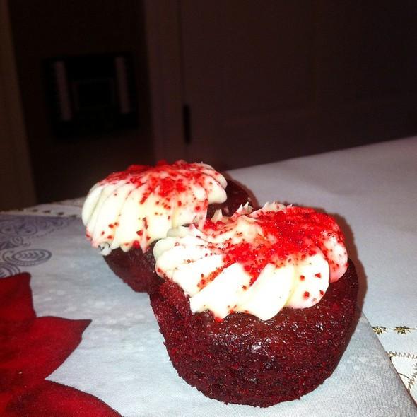 Mini cupcakes @ Monti Gardens