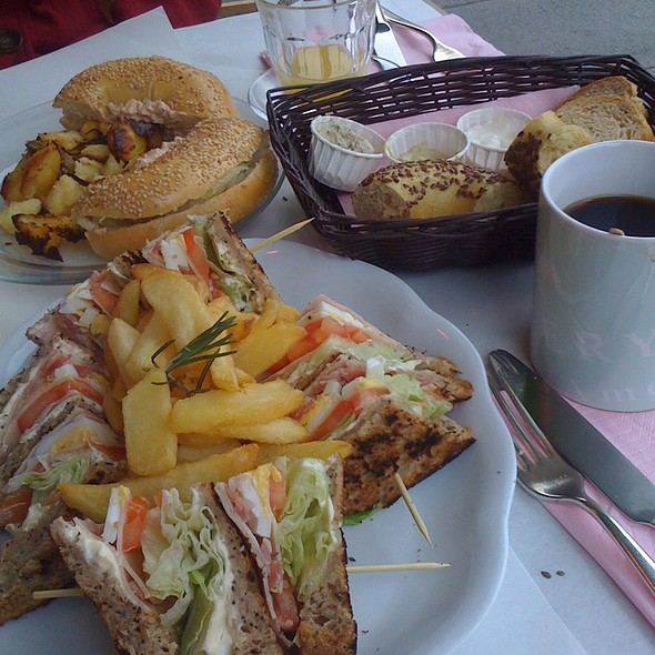 Brunch - Club Sandwich And Bagel Chicken Salad +Orange Juice And American Coffee @ California Bakery