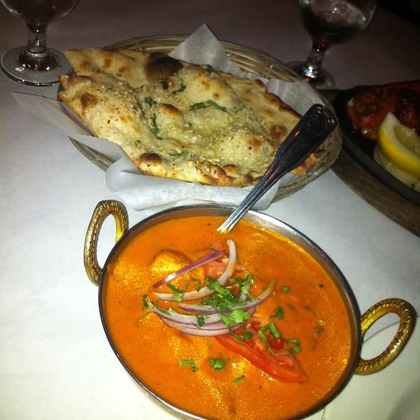 Chicken Tikka Marsala - Raj Darbar Indian Restaurant, Chicago, IL