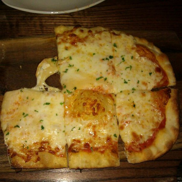 Three Cheese Pizza @ Hotel Adagio