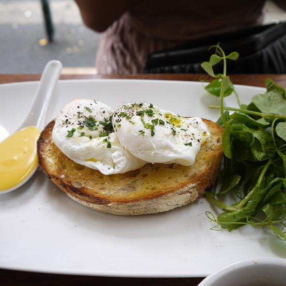Poached eggs on sourdough with hollandaise @ Single Origin Roasters