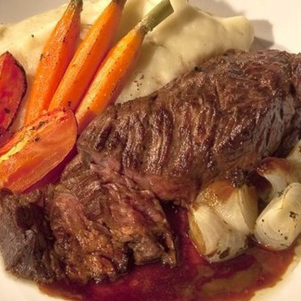 Beef Sirloin Steak with Carrots & Mashed Potatoes  - Tuscarora Mill, Leesburg, VA