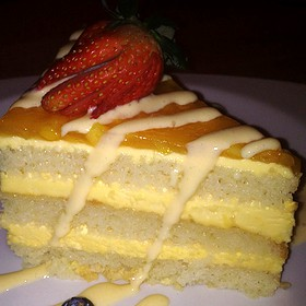 Tres Leches Cake With Mango