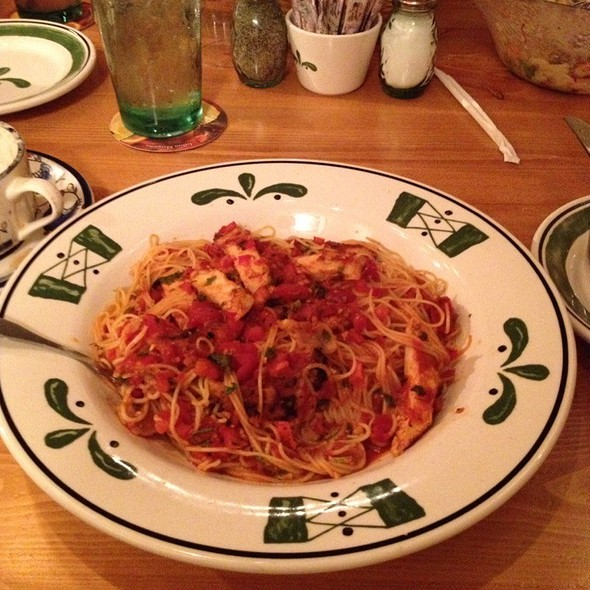 Capellini Pomodoro With Grilled Chicken @ Olive Garden