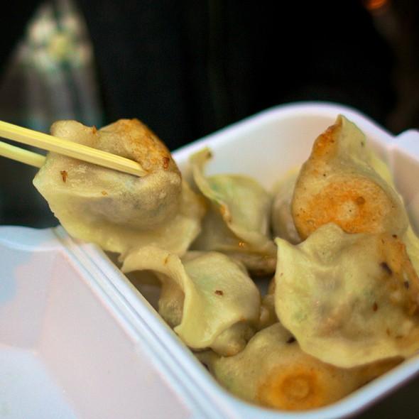 Dumplings @ Prosperity Dumpling