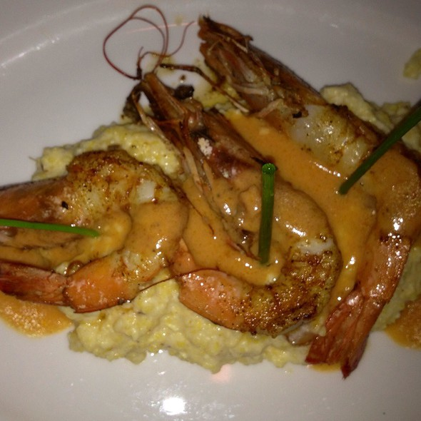 Shrimp and Grits @ V Seagrove
