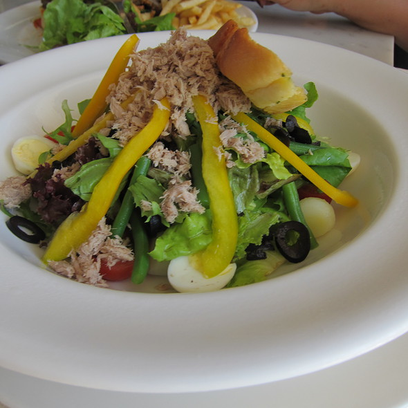 Tuna Nicoise Salad @ Potato Head Bali