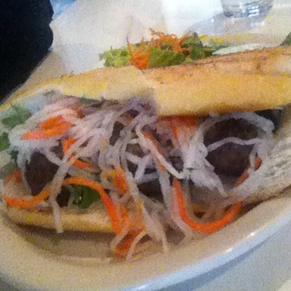 Vietnamese Meatball Sandwich (Banh Mi Xiu Mai) @ Mooncake Foods