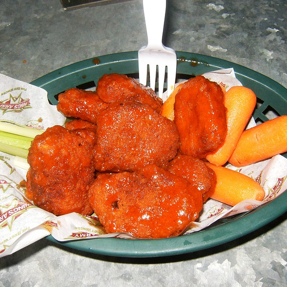 Boneless Chicken Wings @ Wing's Army Tapachula Chiapas, Mex.