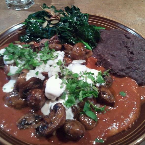 Enchiladas Con Mole @ Gracias Madre