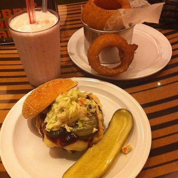 Dallas Burger W/Onion Rings @ Bobby's Burger Palace