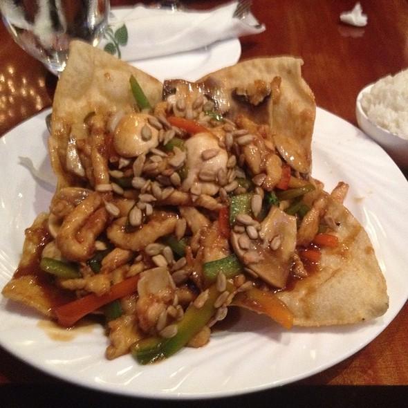 Nutty Chicken @ Confucius Asian Bistro