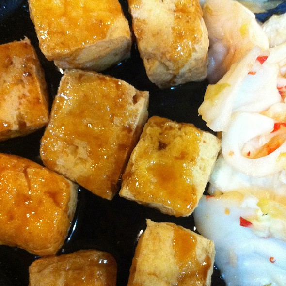 Fried Stinky Tofu @ Henry's Taiwan 老谷台菜
