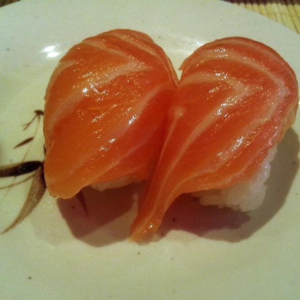 Salmon Nigiri @ Kintaro