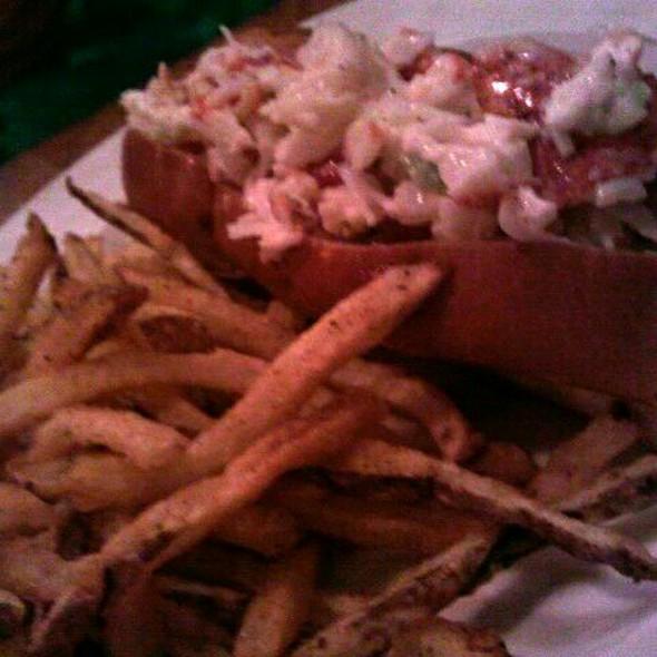 Lobster Roll (Sandwich) @ Hank's Oyster Bar