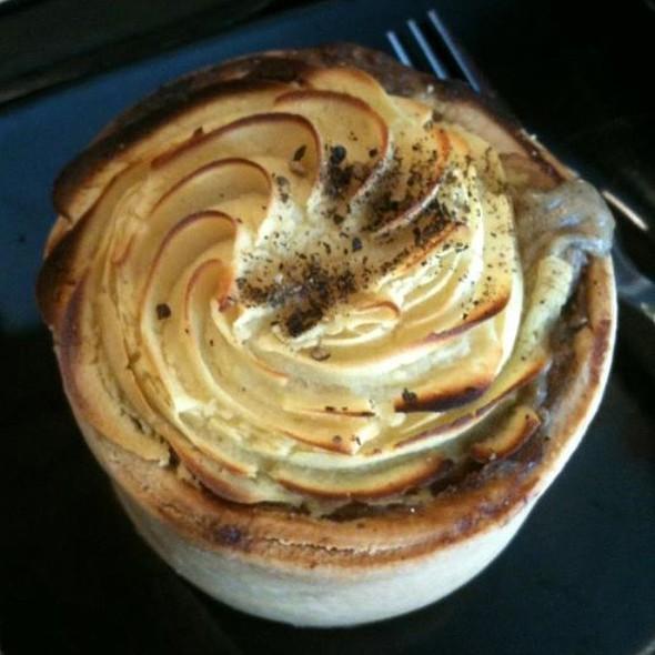 Shepherd's Pie @ Starbucks Coffee Mid Valley
