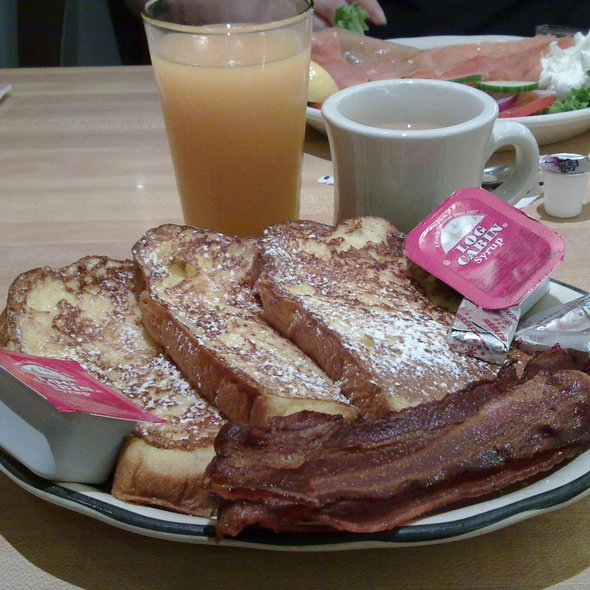 Challah Bread French Toast @ Kenny & Ziggy's Deli