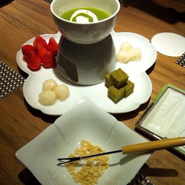 Green Tea Fondue W Rice Krispies
