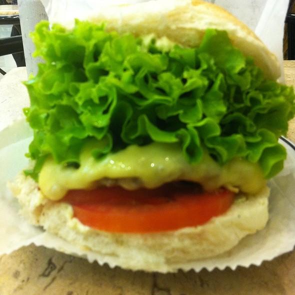 X-Salada @ Osnir Hamburger