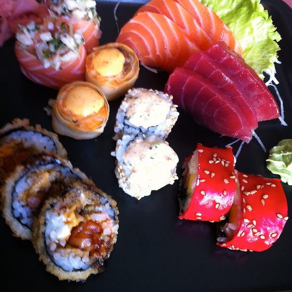 Sushi @ Lx Boutique Hotel