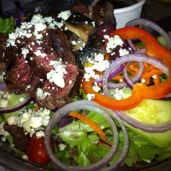 Steakhouse Salad @ Suspenders