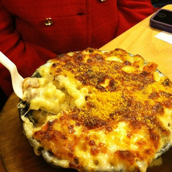 Alpine Mac N Cheese @ S'Mac
