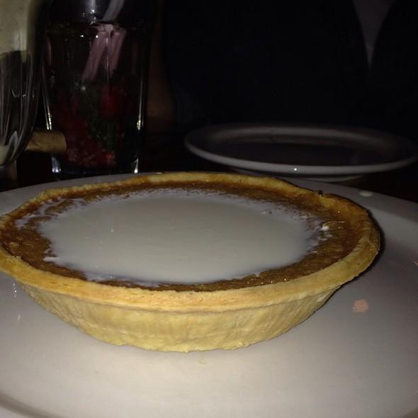 Tarte Au Sucre @ Restaurant au Pied de Cochon