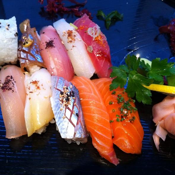 Sushi @ Samba Sushi AB