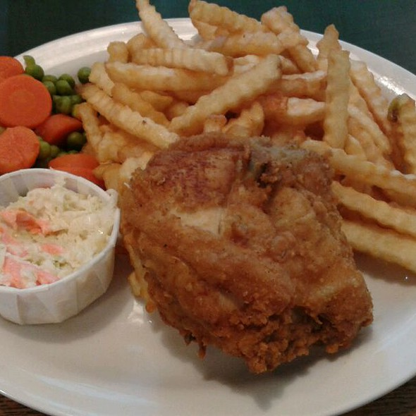 Fried Chicken Dinner @ Sam's