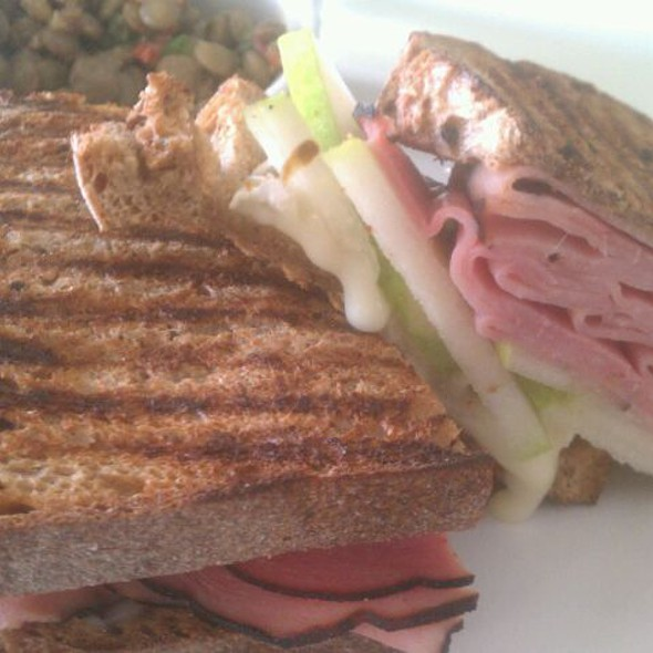 The Lockwood  @ Lockwood Table Cafe   Healthy Natural Cafe open for breakfast and lunch!
