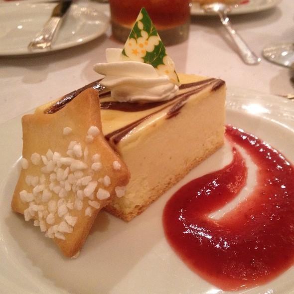 Chocolate Cheese Cake @ Hilton Hawaiian Village Waikiki Beach Resort