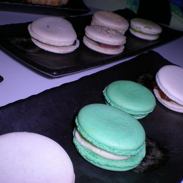 Macarons @ Slurping Turtle