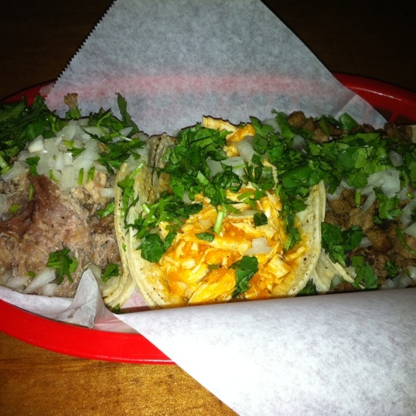 Street Style Tacos @ The Taco Shop at Underdog's