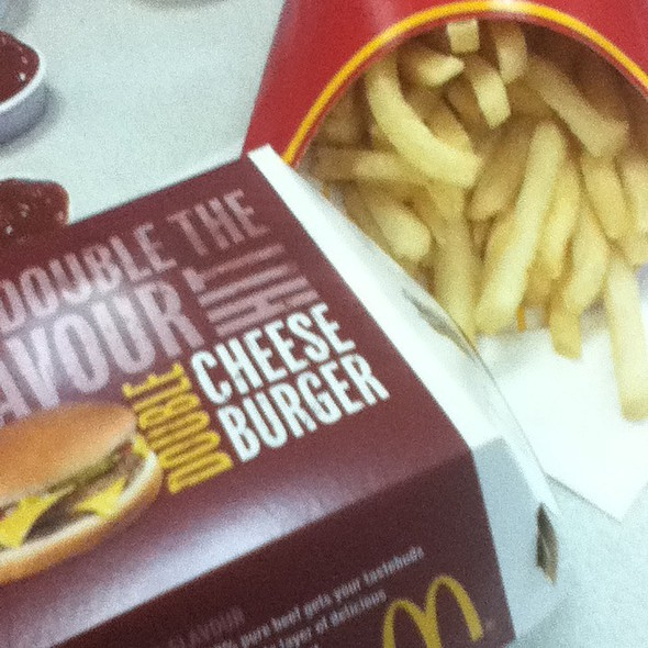 Double Cheese Burger @ McDonald's