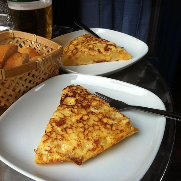 La Mejor Tortilla De Bilbao @ Nashville