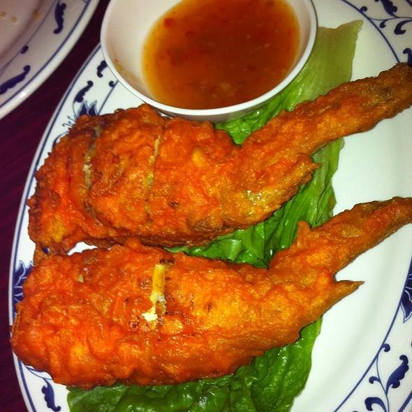 Vientiane thai laos restaurant menu garden grove ca for Angels thai cuisine