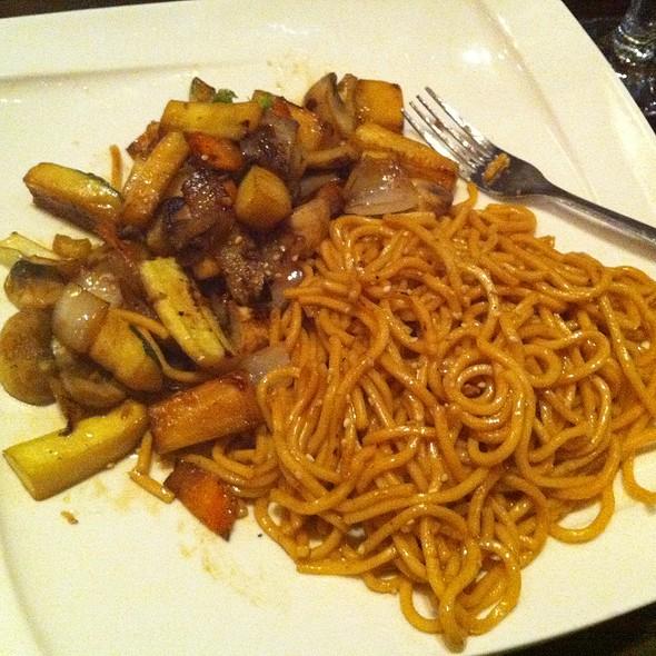Noodles & Vegetables Hibachi - Osaka Japanese Sushi and Steakhouse, Brookline, MA