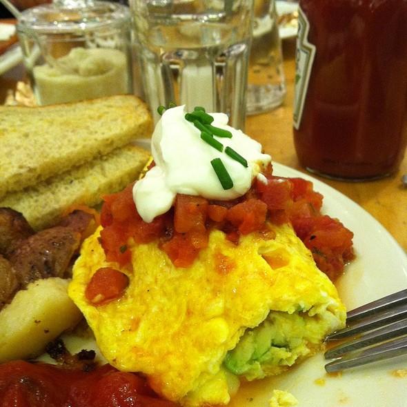 Omlette @ Cafe Dewitt