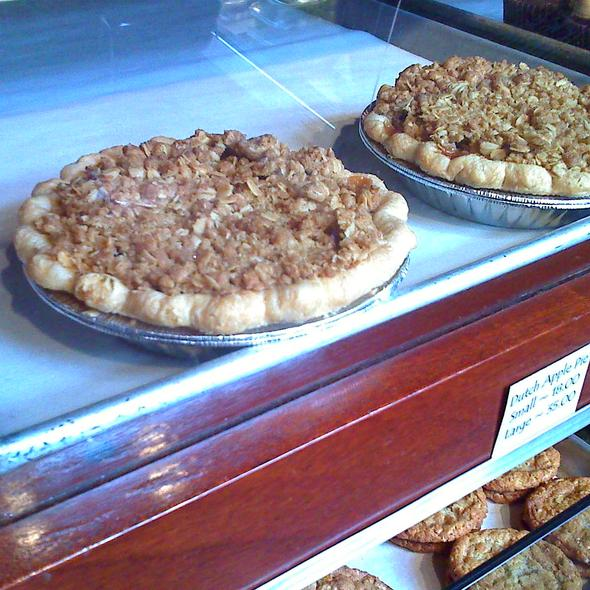 Dutch Apple Pie @ Dahlia Bakery