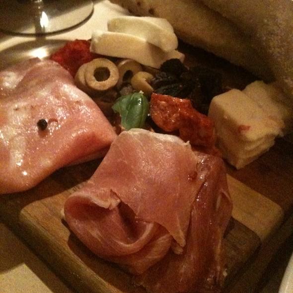 Cheese And Salumi Board @ Pizzology