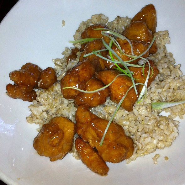 Crispy Honey Chicken With Brown Rice @ P.F. Chang's China Bistro